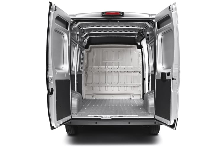Peugeot Boxer 335 L3 2.2 BlueHDi FWD 140PS Professional Van Extra High Roof Manual [Start Stop] detail view