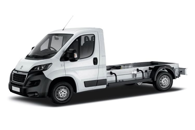 Peugeot Boxer 335 L3 2.2 BlueHDi FWD 165PS Plus Chassis Double Cab Manual [Start Stop] front view